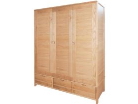 Oak 3 Door Wardrobe
