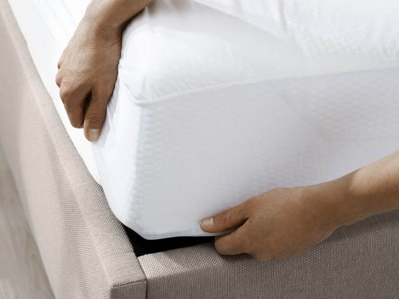 5'0 King Size Mattress Protector