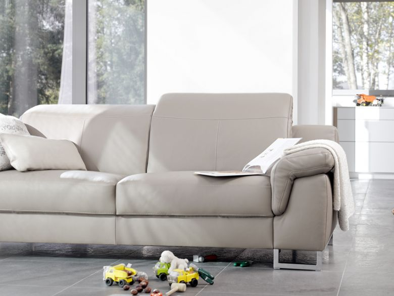 Mario leather sofa lifestyle