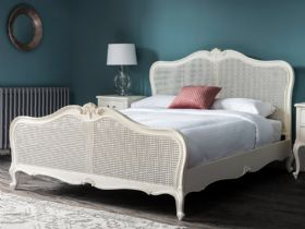 Ashwell vanilla bedroom collection