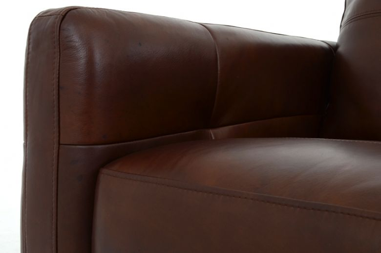 Kentville 3 Seater Leather Sofa Close Up