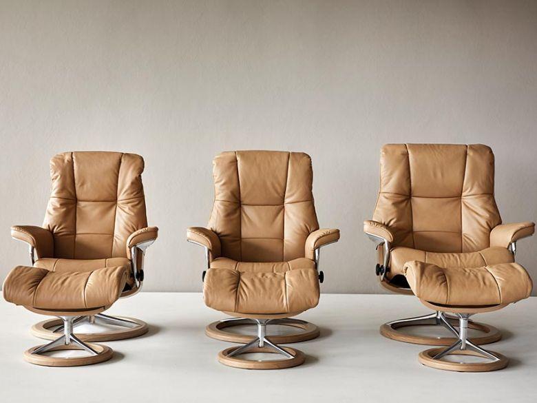 Stressless Mayfair Medium Leather Chair & Stool Signature Base