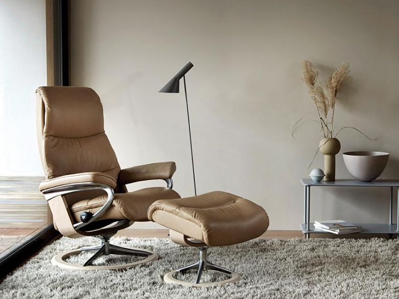 Stressless View Leather Chair with Signature Base in Paloma Sand