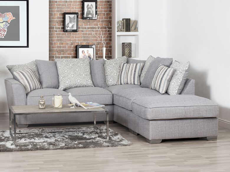 Reiko Modern Casual Fabric Sofa Collection