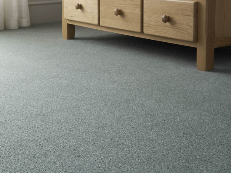 Carolina 40oz 80% wool plain carpet