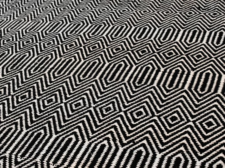 Sloan Rug in Black