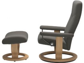 Stressless Dover Chair & Footstool with Classic Base Profile