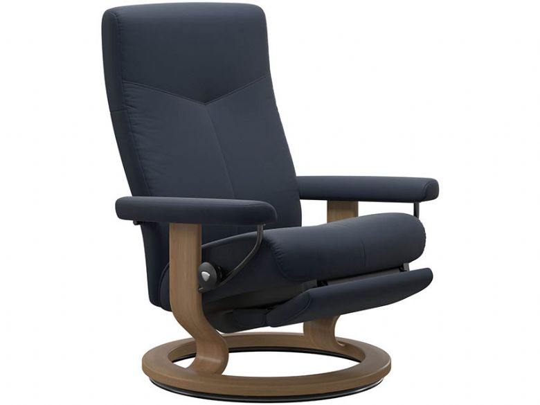 Stressless Dover Power Recliner at Lee Longlands
