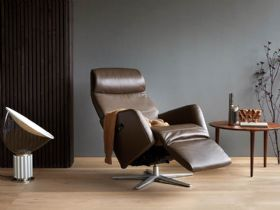 Stressless Scott available in a selection of leathers at Lee Longlands