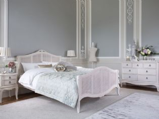 Create A Traditional Luxurious Bedroom With The Piras Range