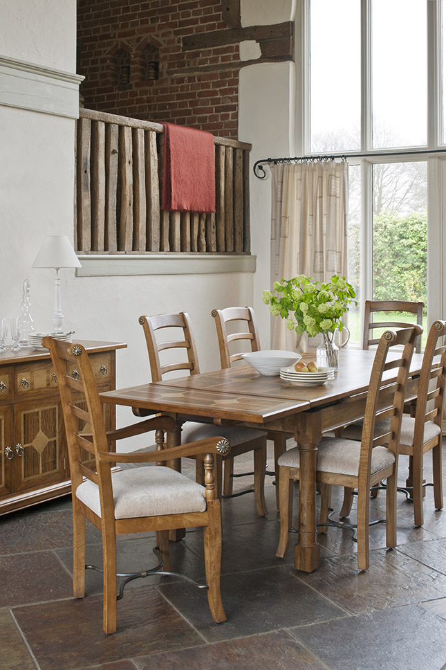 Create The Ultimate Luxury Dining Room With Flagstone