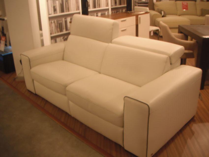 natuzzi clyde sofa 2 electric motions. Black Bedroom Furniture Sets. Home Design Ideas