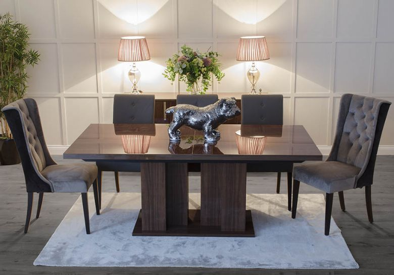 Calvi dining table with Kastos and Atos dining chairs